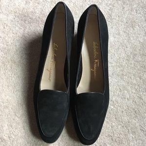 Salvatore Ferragamo Boutique Black Heeled Loafers